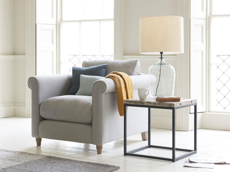 Snuggle Weekender love seat