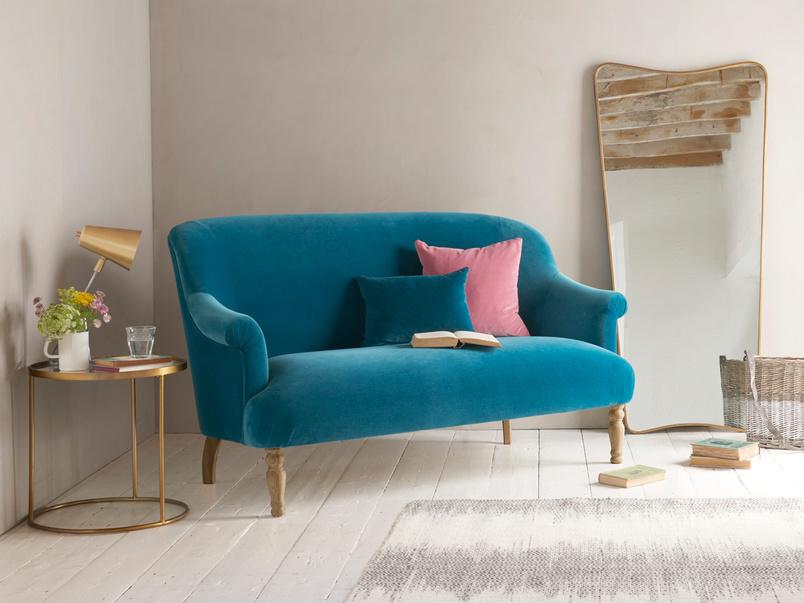 Sweetie retro small vintage comfy occasional sofa
