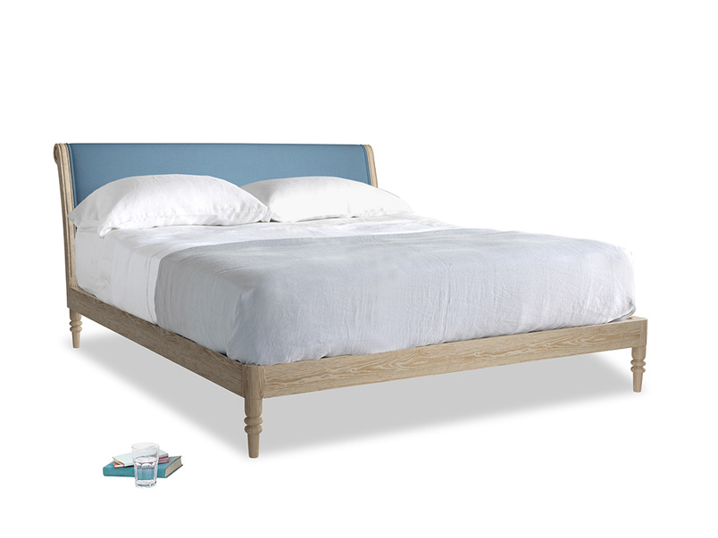 Superking Darcy Bed in Easy blue clever linen