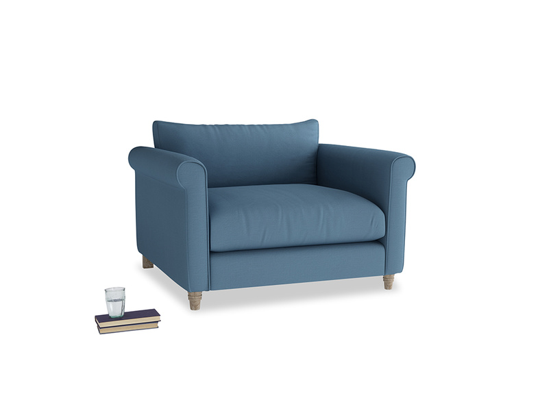 Weekender Love seat in Easy blue clever linen