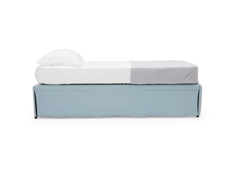 Friends trundle bed
