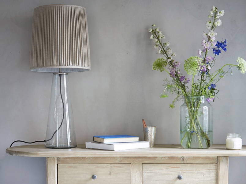 Contemporary style Shardy glass table lamp