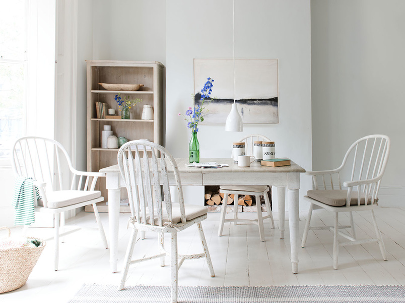 Toaster extendable kitchen table in vintage white wood