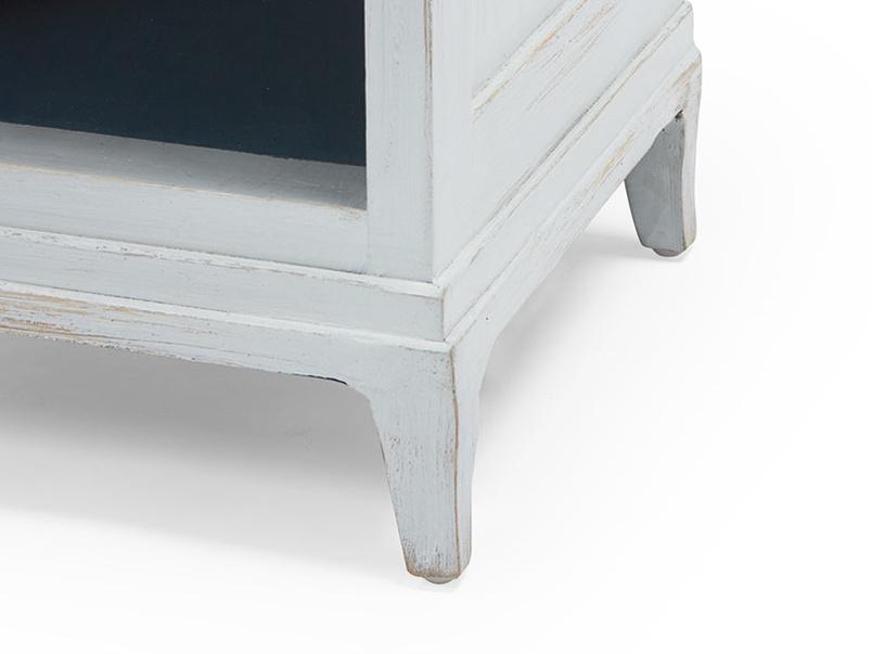 Footle vintage white bedside table