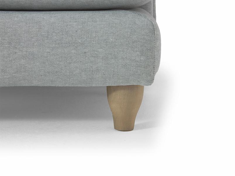 Comfy classic Pavlova chaise sofa