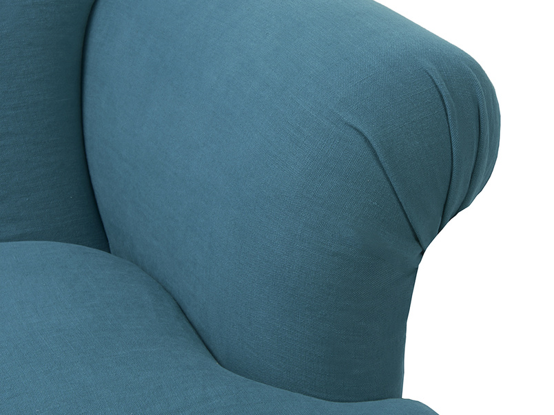 Stylish squidgy contemporary Soufflé snuggler and love seat