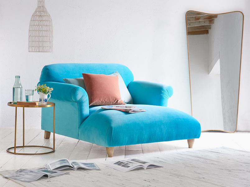 Luxury British made Soufflé love seat chaise
