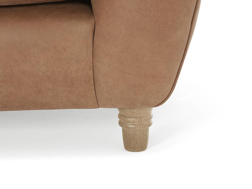Chesterfield Butterbump button back armchair