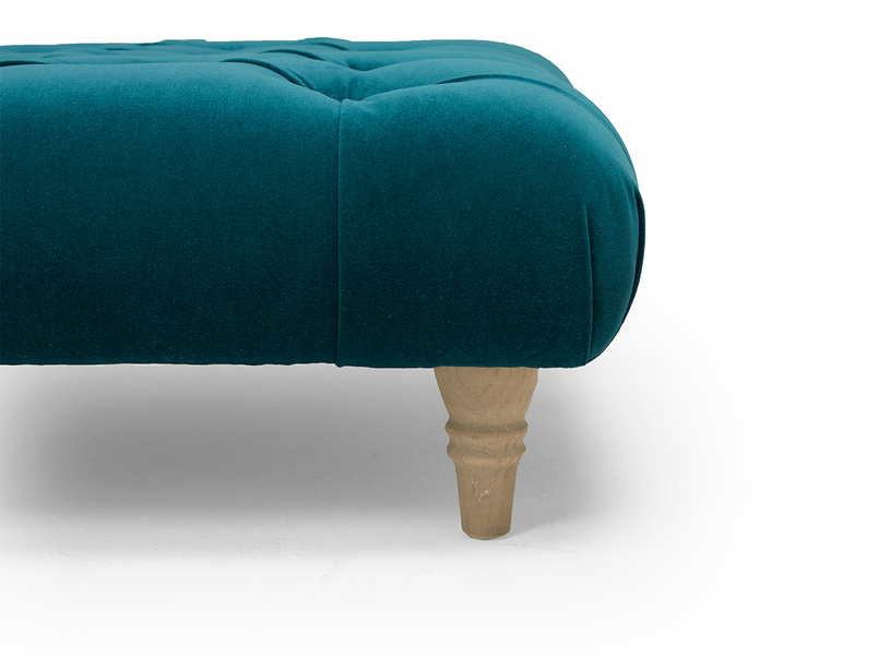 Comfty buttoned footstool