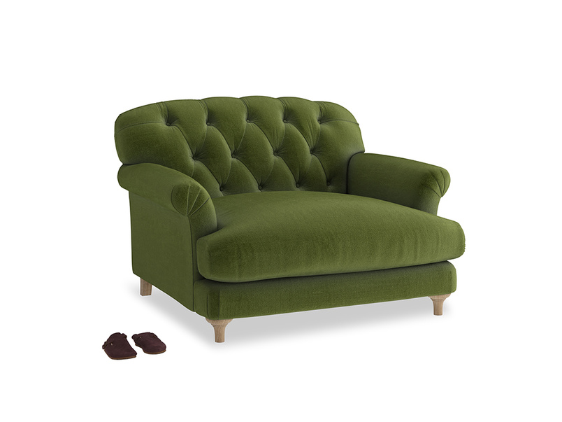 Truffle Love seat in Good green Clever Deep Velvet