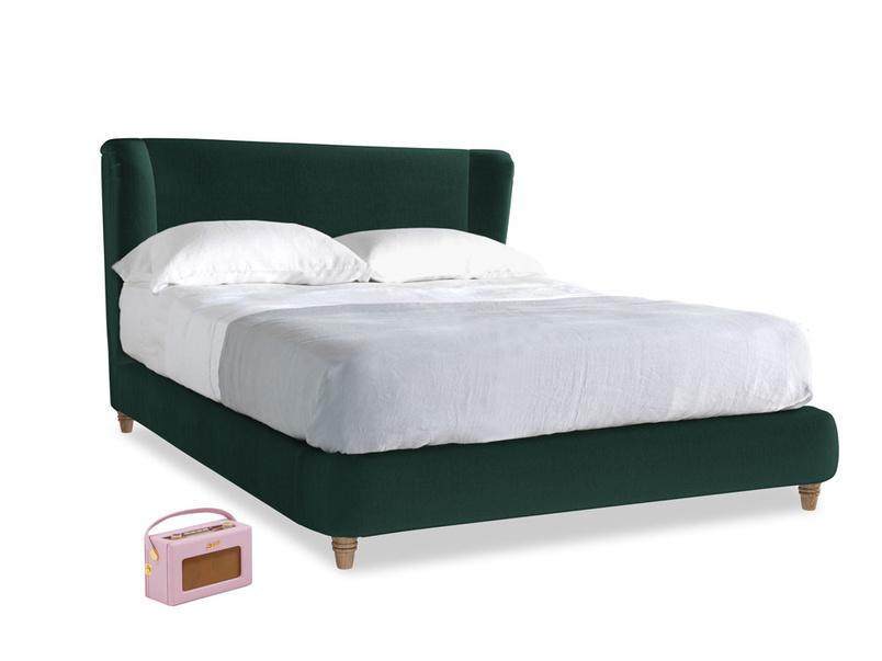 Kingsize Hugger Bed in Dark green Clever Velvet