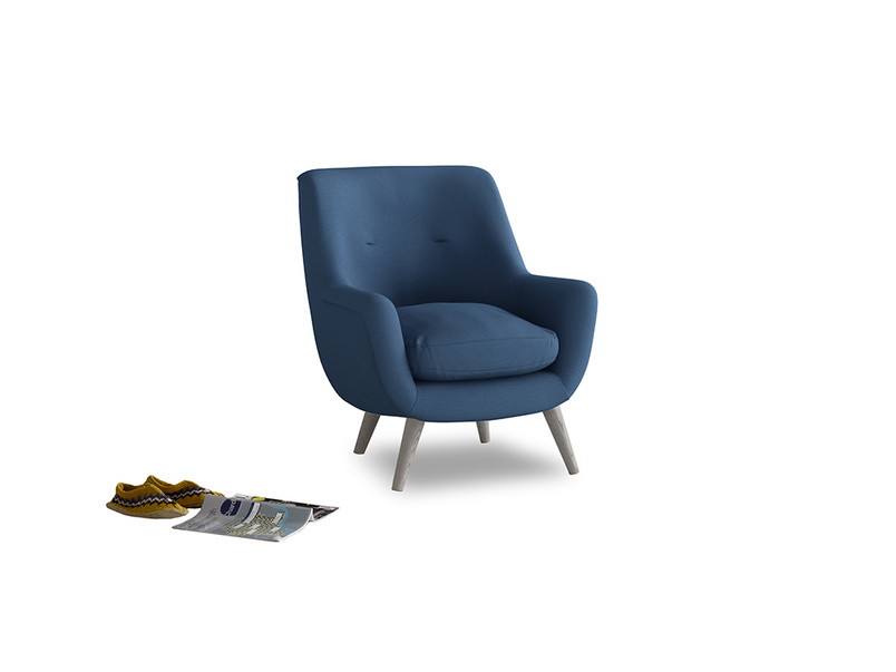 Berlin Armchair in True blue Clever Linen