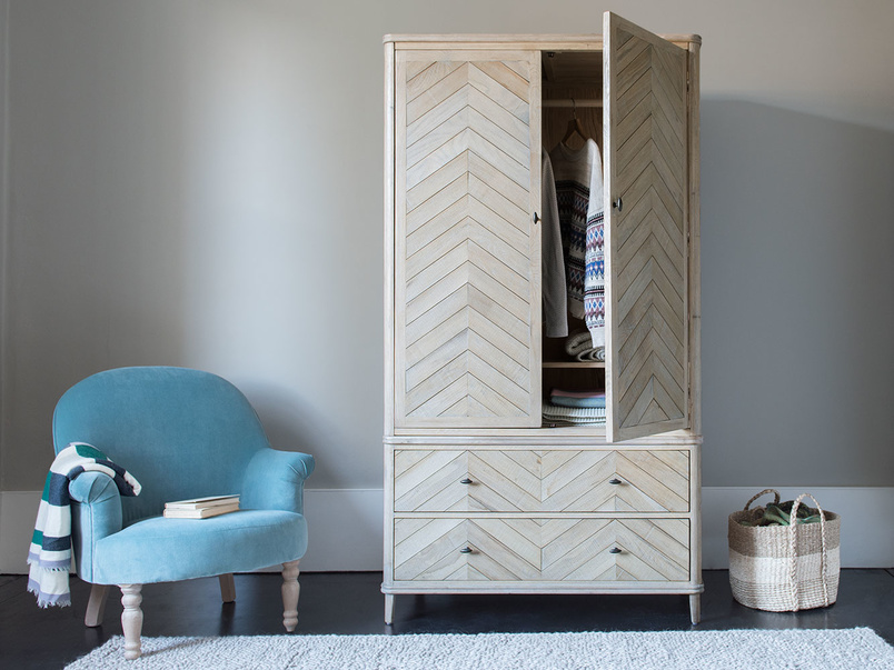Super Flapper parquet wooden wardrobe