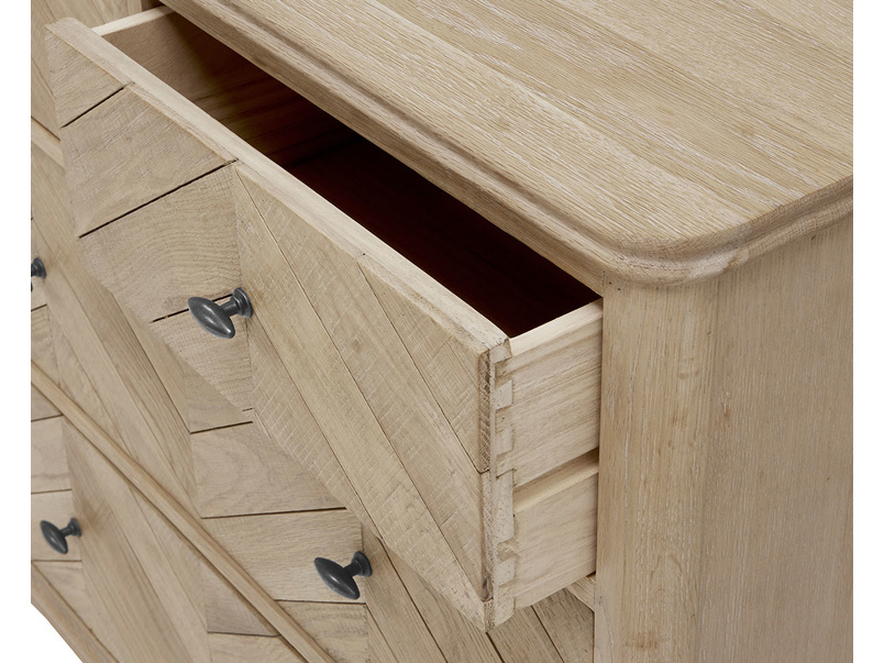 Young Flapper wooden parquet chest of drawers