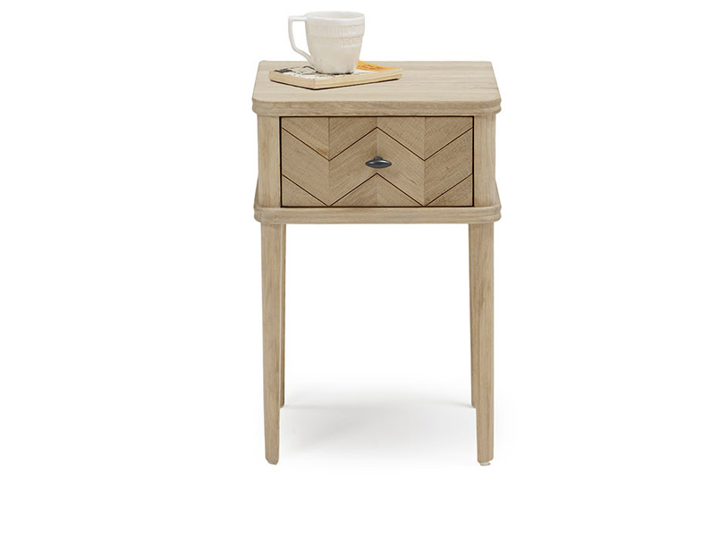 Little Flapper oak bedside table