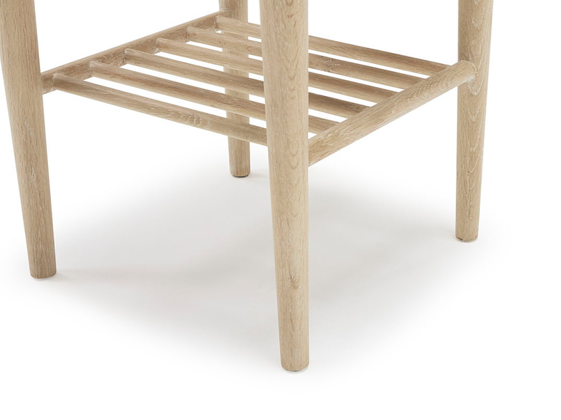 Mini Marmo wooden oak side table leg detail