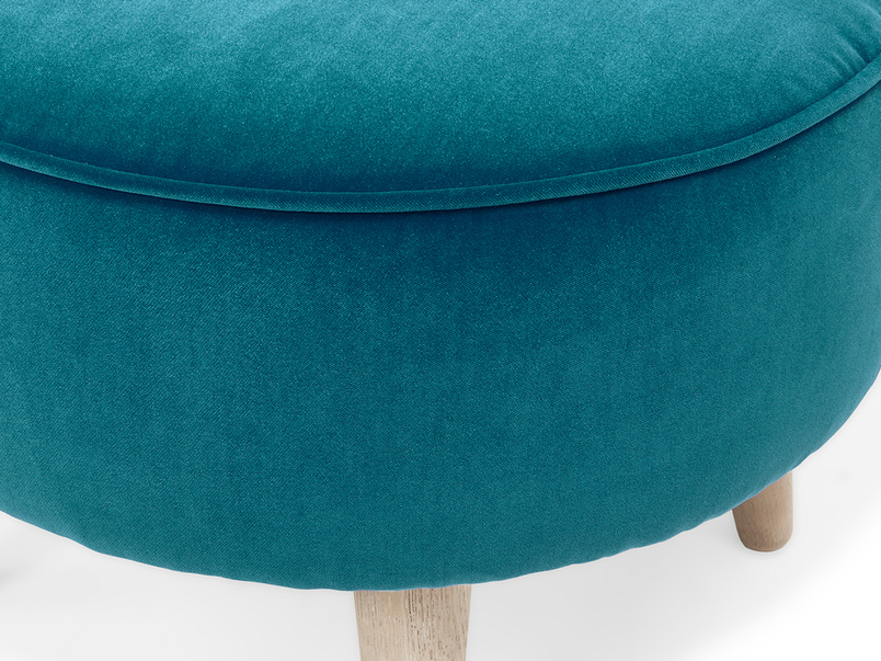 Footdoggle upholstered round foostool detail