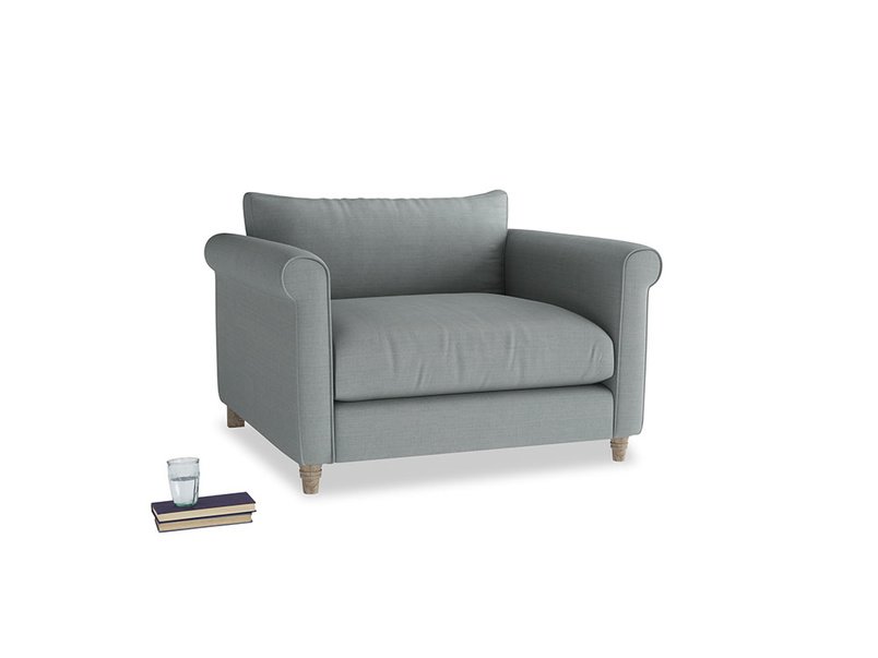 Weekender Love seat in Armadillo Clever Softie