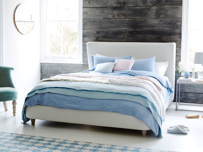 Cornflower blue lazy linen bed linen