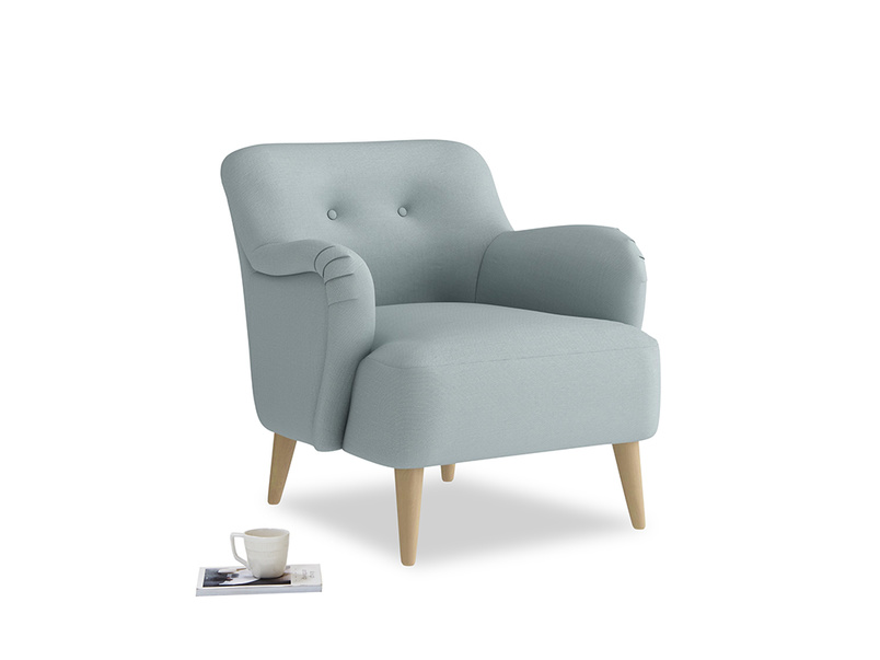 Diggidy Armchair in Quail's egg clever linen