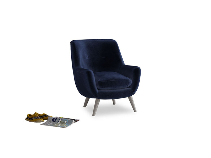 Berlin Armchair in Goodnight blue Clever Deep Velvet