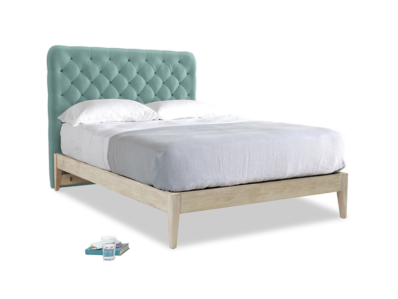 Greeny Blue Clever Deep Velvet First Base With Tall Billow