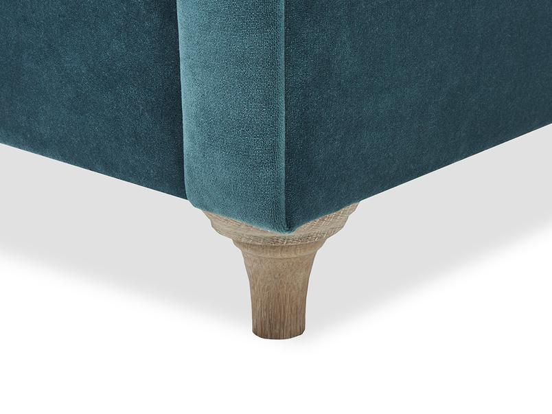 Humblebum sofa leg detail