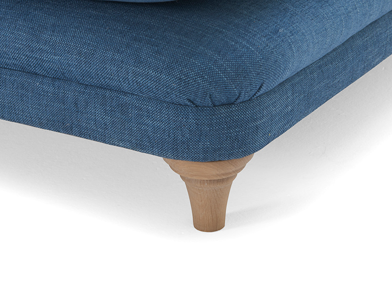 Pudding love seat chaise leg detail