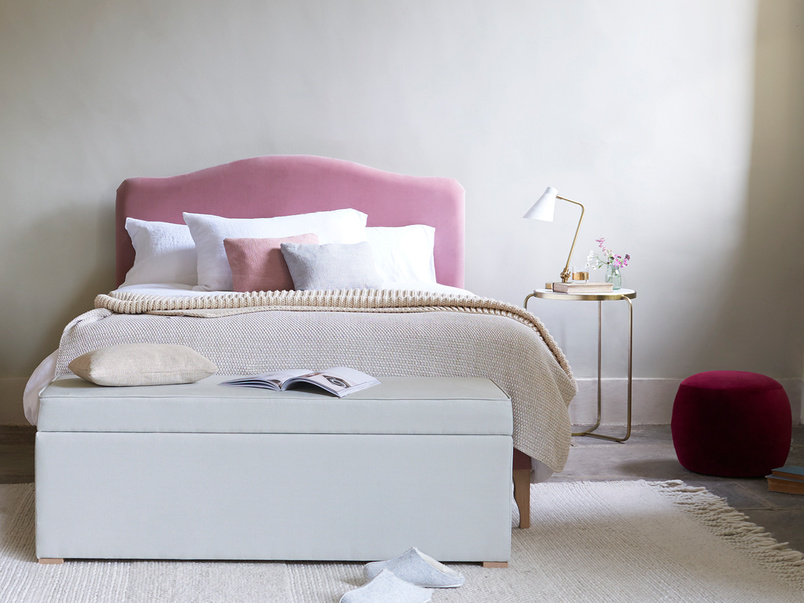 Luan upholstered French style bed