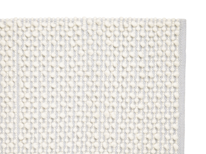 Bobble soft handmade rug