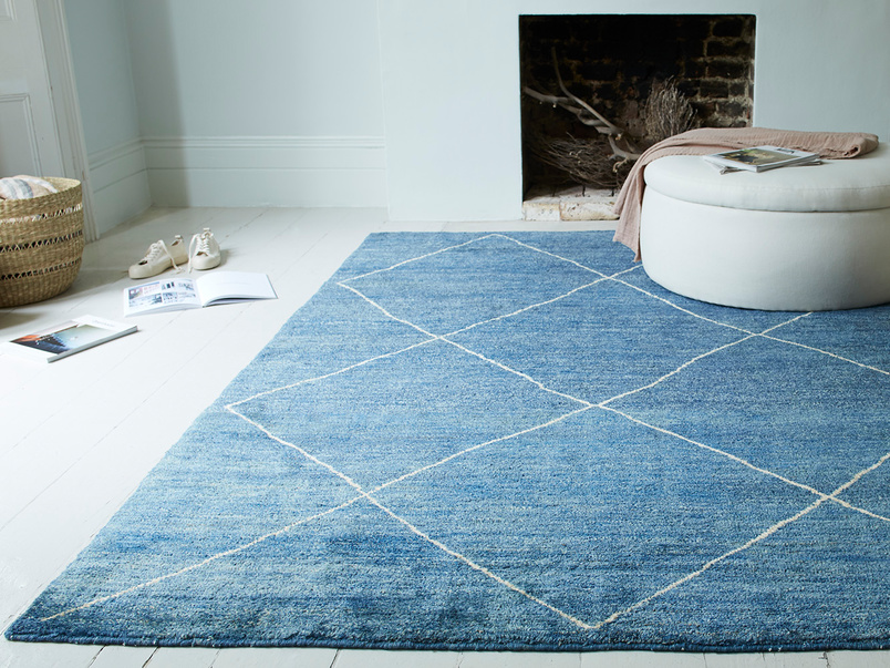 Habib living room hand knotted rug in blue marl