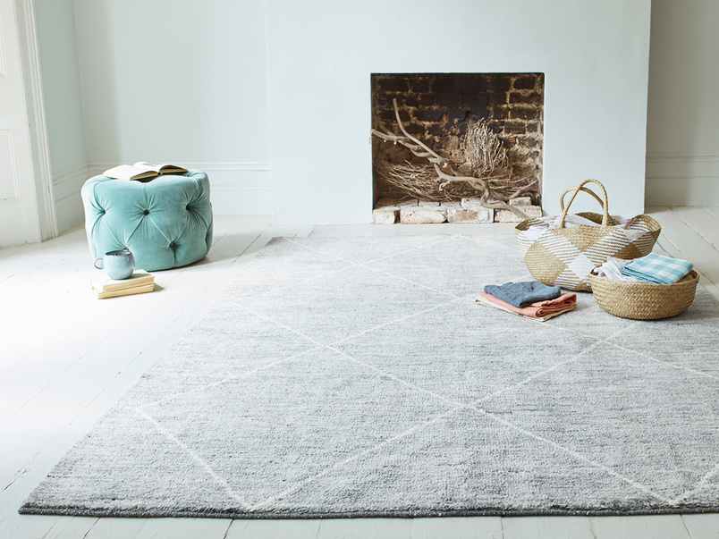 Habib wool hand woven rug in grey marl