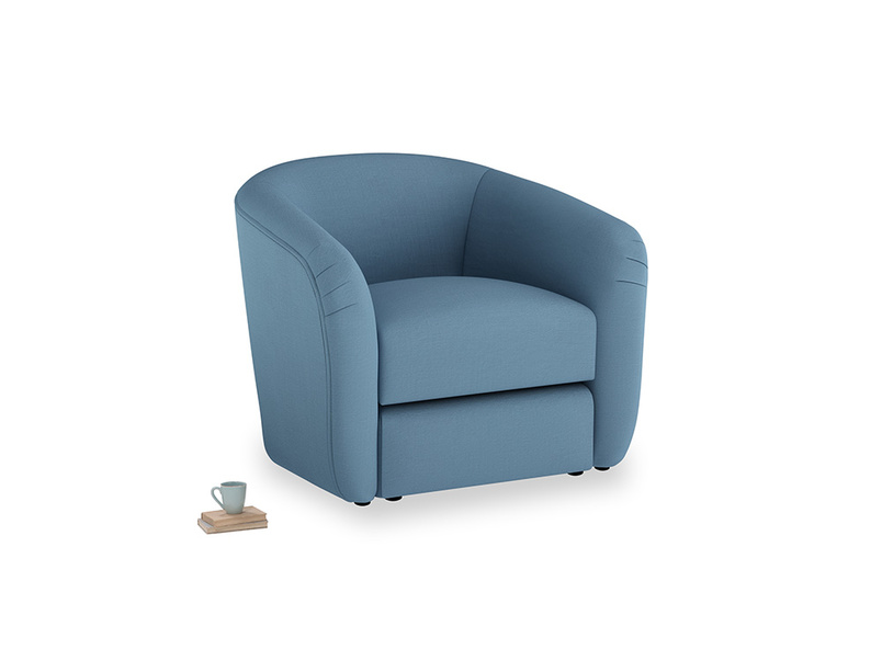 Tootsie Armchair in Easy blue clever linen