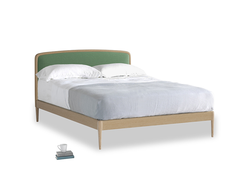 Double Smoothie Bed in Thyme Green Vintage Linen