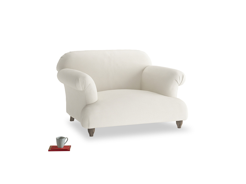 Soufflé Love seat in Chalky White Clever Softie