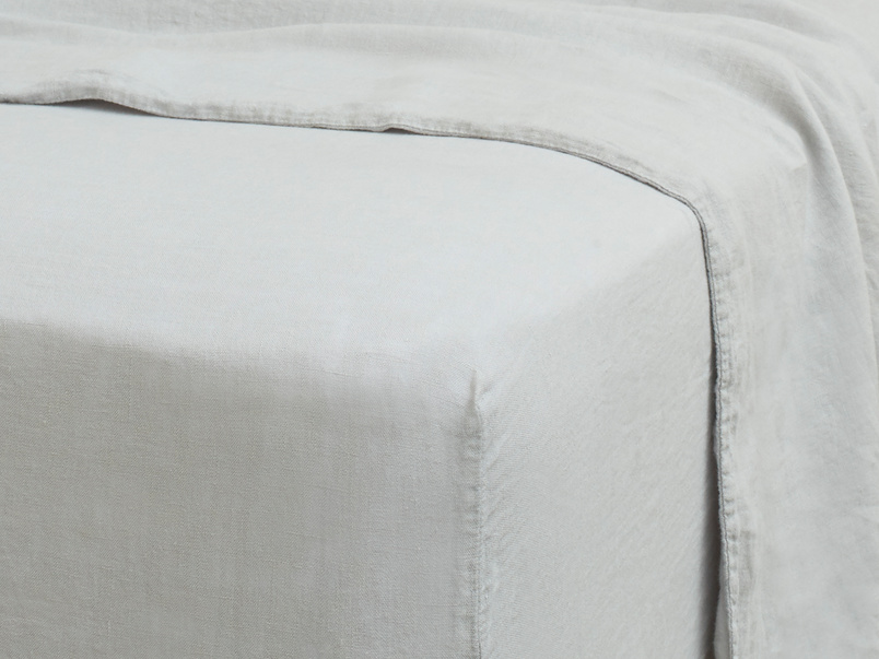 Double Lazy Linen Fitted Sheet in Light Grey