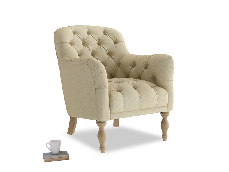 Reader Armchair in Parchment Clever Linen