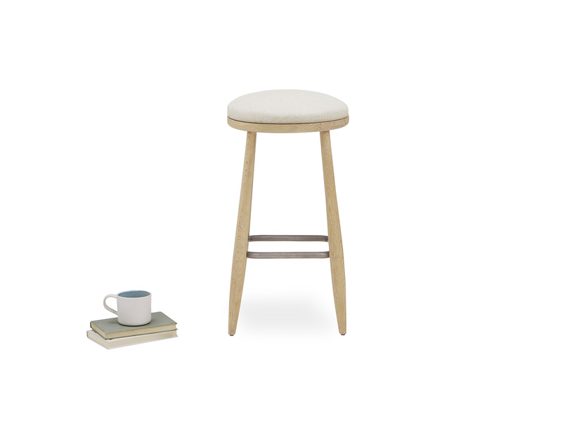 Booty kitchen bar stool prop