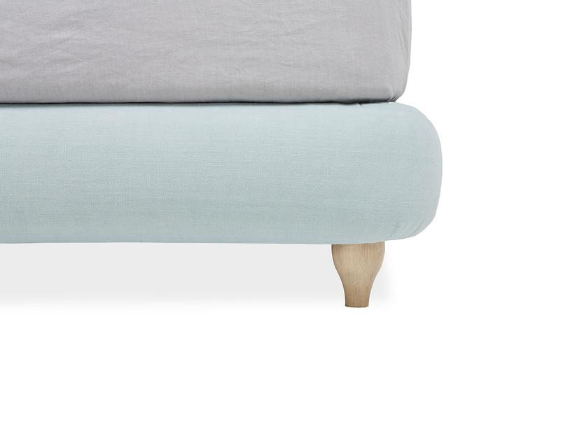 Cushdie handmade fabric bed leg
