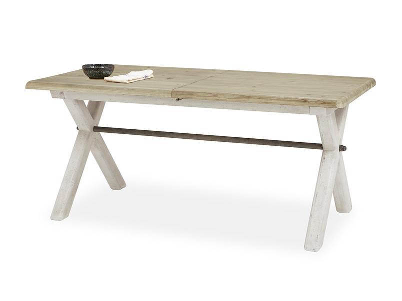 Feast kitchen table