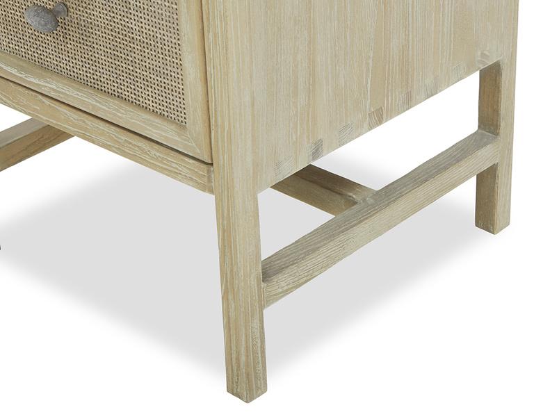 Little Willow rattan side table corner legs