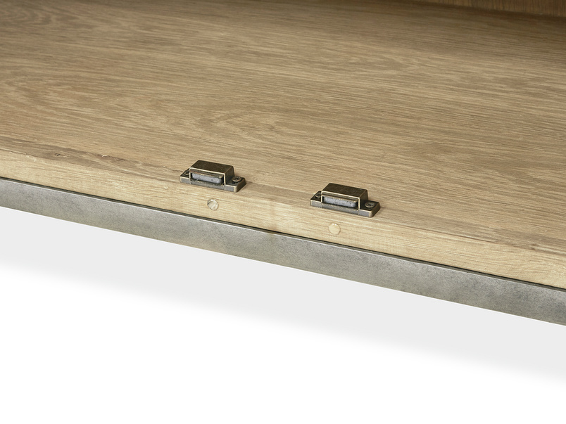 Servery oak kitchen sideboard inside detail