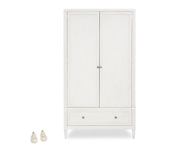 Grand pimpernel narrow wardrobe with prop