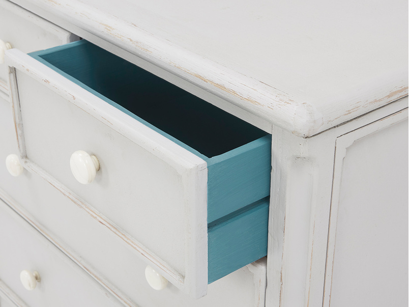Popinjay tall chest of drawers drawer detail