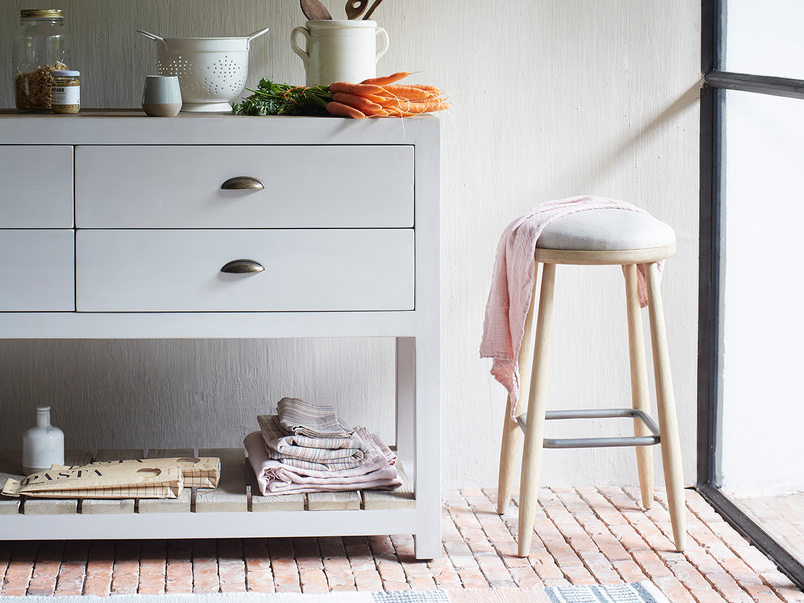 Provender sideboard with Booty oak kitchen island stool