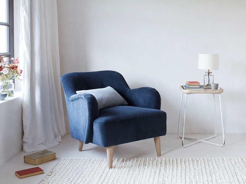Diggidy cord occasional chair