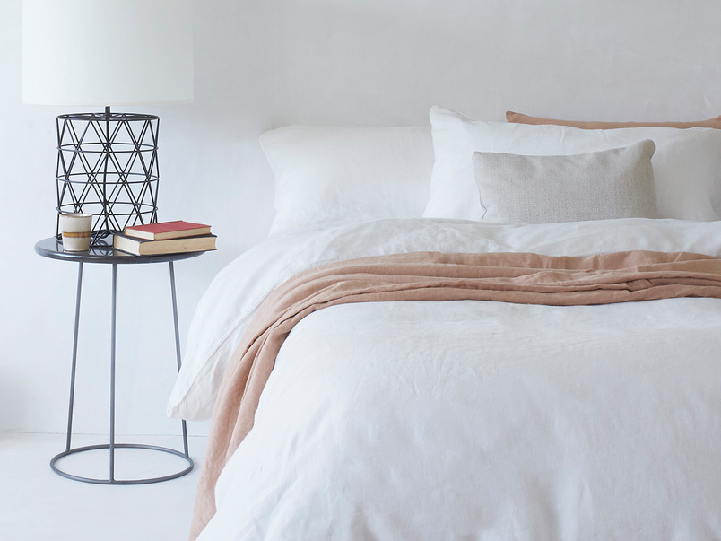 Lazy linen bed sheets
