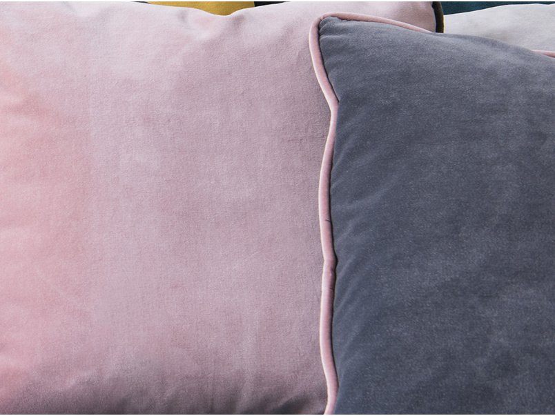Pipelet contrast scatter cushion