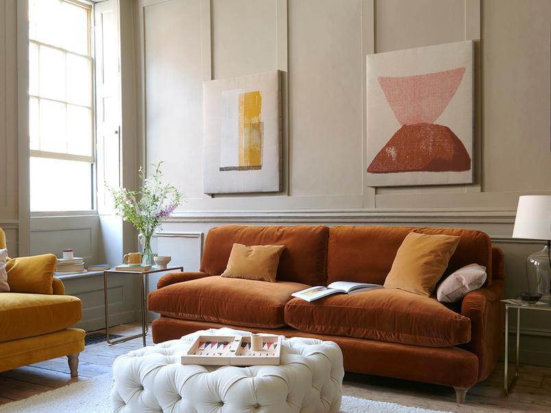 jonesy sofa 0907