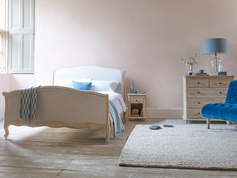 Antoinette bed